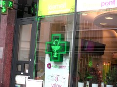 PannonSign pharmacy cross, high brightness, green